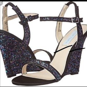 Betsey Johnson Darci Glitter Wedge Sandals sz 9